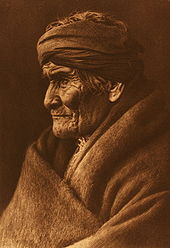 Geronimo, Portrait von Edward Curtis, 1905
